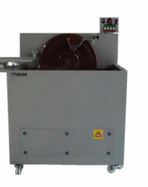Automatic batch tempering machine