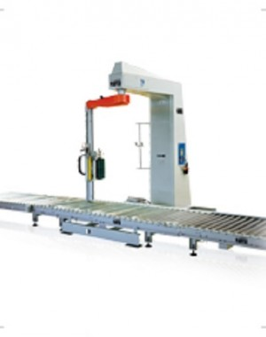High speed stretch wrapping machine