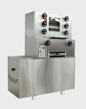 Chocolate refiner with chiller
