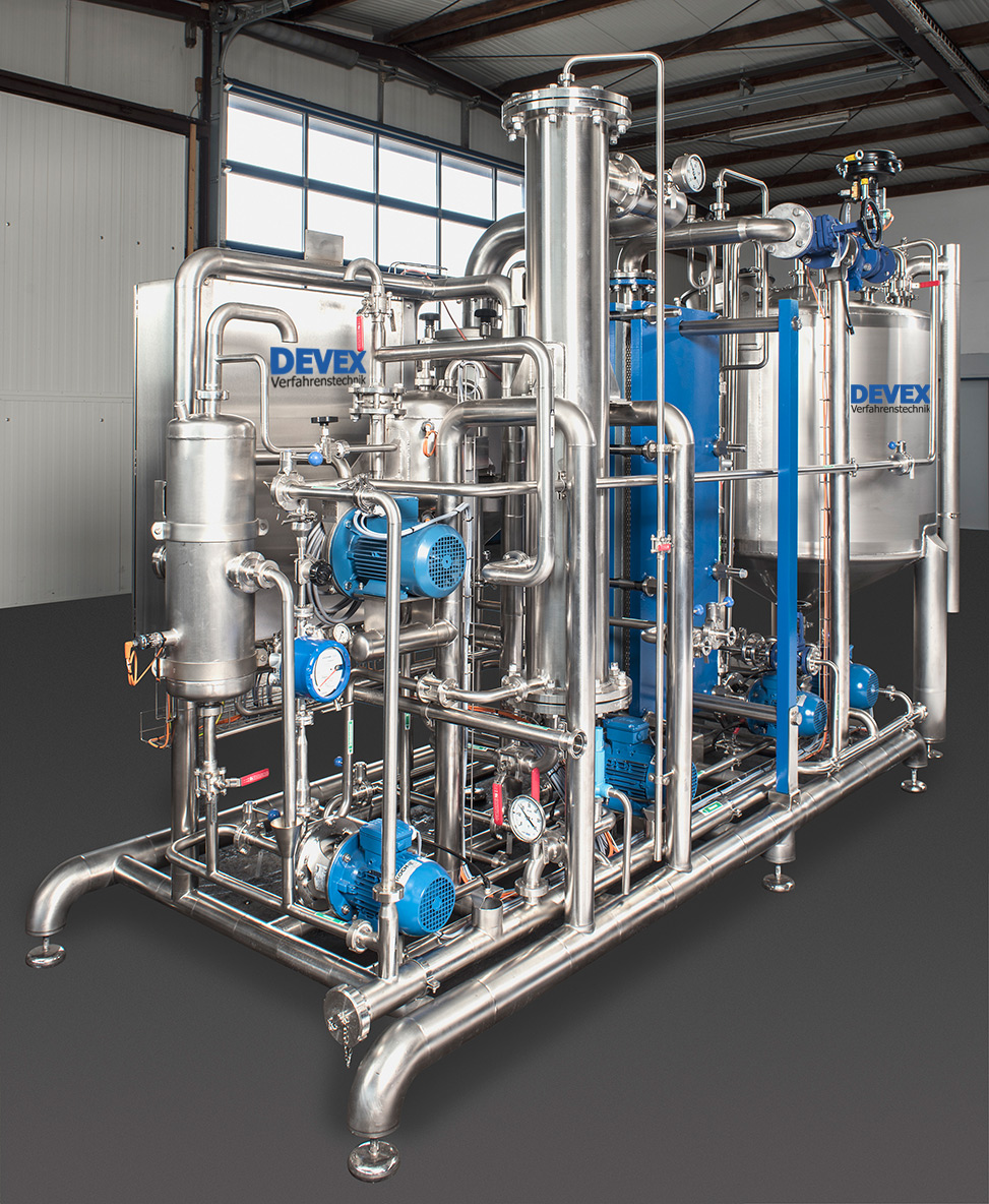Evaporation plant for the recovery of extracts