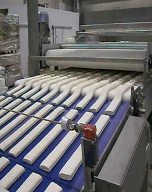 Square or rectangular moulding machine for bread