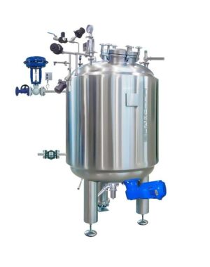 Pharmaceutical formulation and mixing tanks